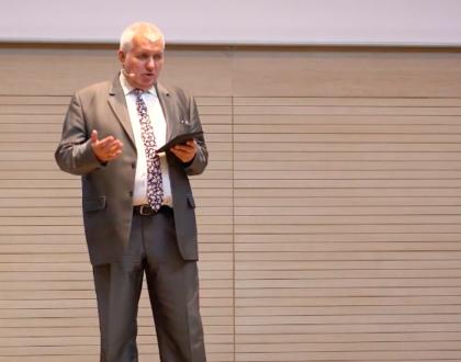 Pavel Šimek: Jakou má člověk hodnotu? (30. listopadu 2019)